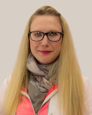 Frau Güldenpfennig PTA