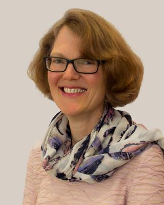 Frau Schneider-Starke Apothekerin, Chefvertretung